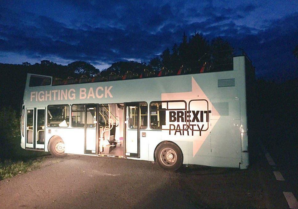 Brexit Party Bus